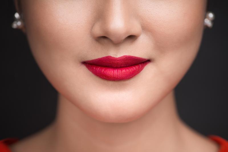 Matné rúže: Beauty trend, ktorý valcuje svet