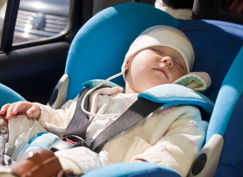 Autosedačka pre dieťa má byť trendová i bezpečná