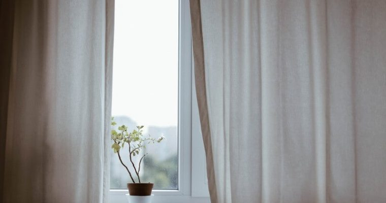 Inteligentná fólia na okno: Dokonalá náhrada tieniacej techniky