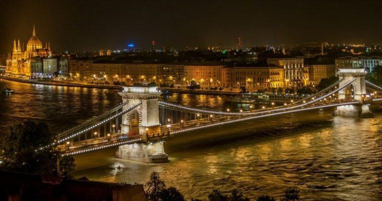 Blížia sa prázdniny – čo tak ísť na výlet do Budapešti?