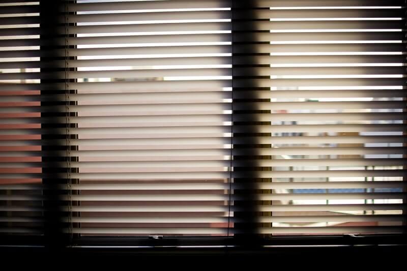 Chráňte si interiér pred letnými horúčavami