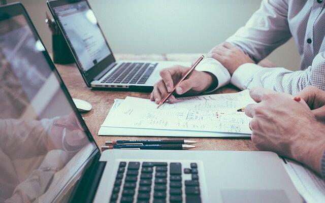 Prečo by ste mali vo svojom podnikaní využiť daňové poradenstvo?