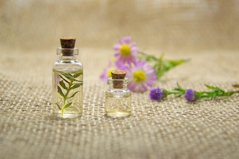 Sú originálne, ženské a prírodné: olejové parfumy
