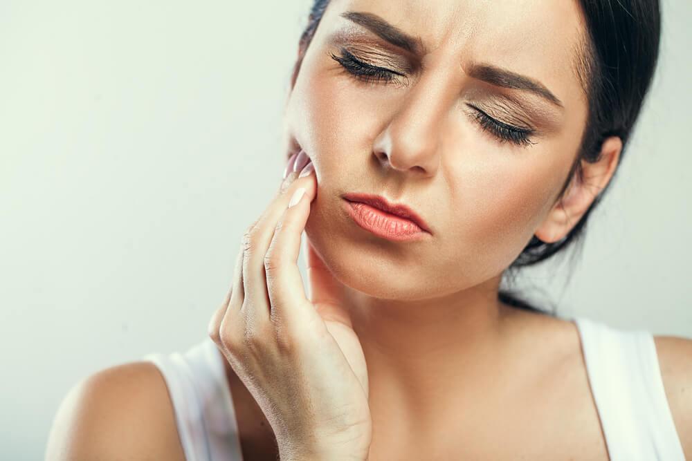 Urobte všetko pre to, aby vás netrápili bolesti zubov