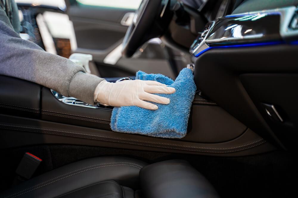 Zjednodušte si starostlivosť o interiér vášho auta